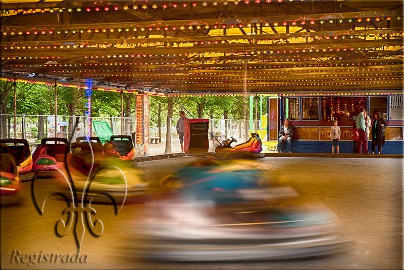 bumper cars at the Tuileries