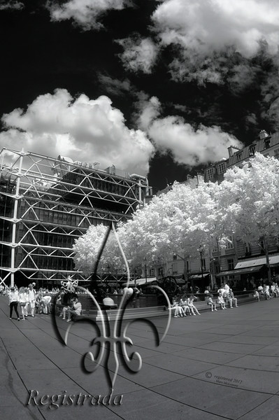 Pompidou Centre, Stravinsky Fountain
