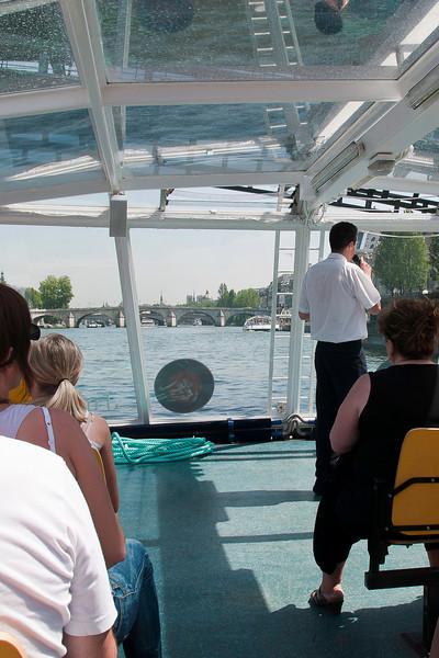 Paris, Seine boat tour-8