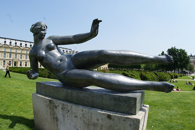 I like this statue. It's a naked chick doing a soccer-style slide tackle. Naked soccer. I could watch that.