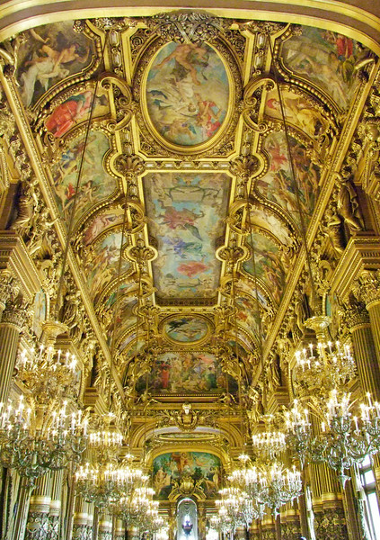 A beautiful room within the Opera Garnier.