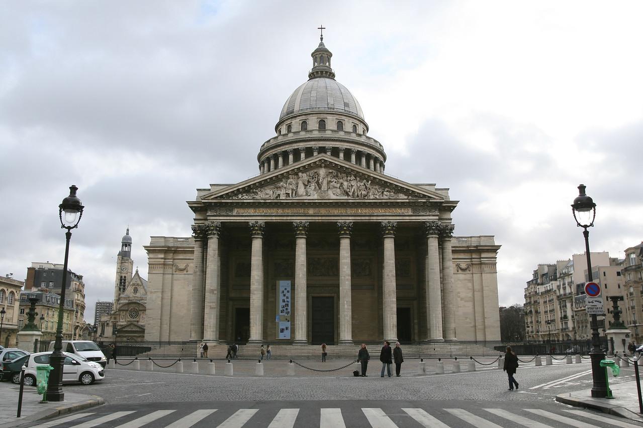 115 Pantheon 1
