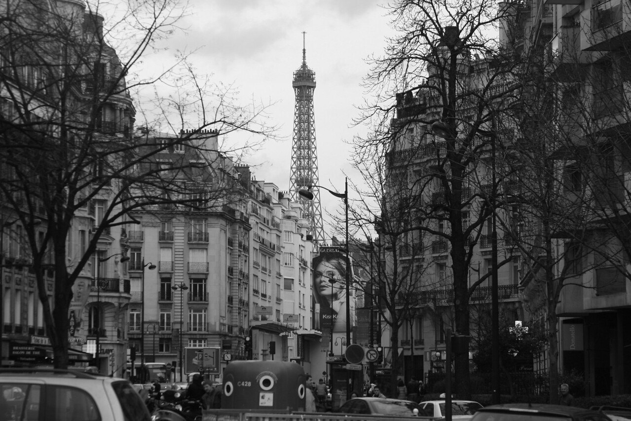 161 Scenes of Paris in Black and White 1 16th Arrondissment