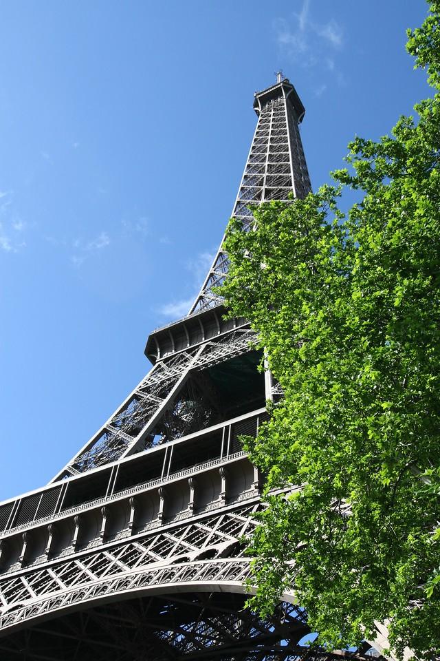 003 Eiffel Tower 3