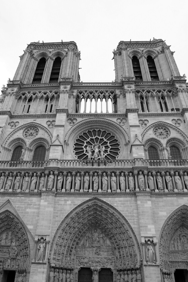 168 Scenes of Paris in Black and White 7 Notre Dame