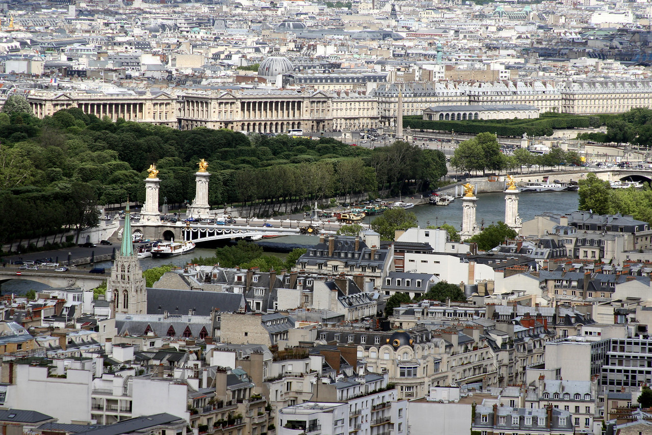 158 Eiffel Tower View of Pont Alexander III Place de la Concorde 4