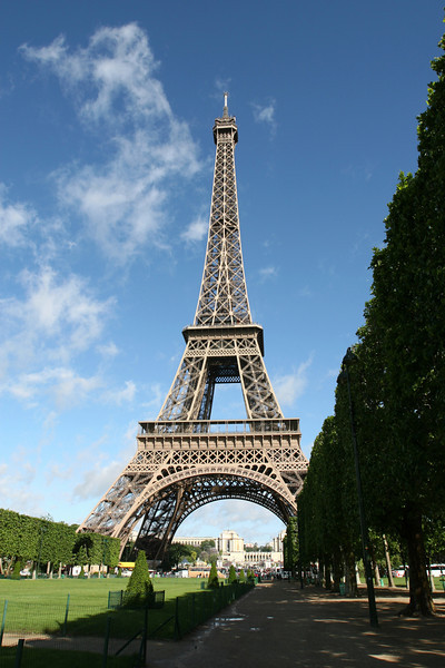 002 Eiffel Tower 2