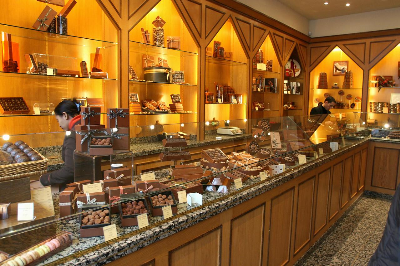 147 Shops of Paris 1 La Maison du Chocolat