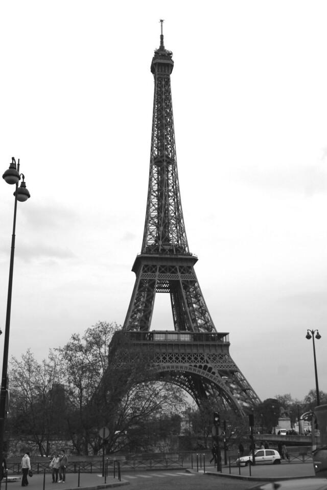 172 Scenes of Paris in Black and White 10