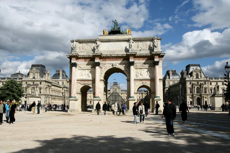 011 Louvre 2