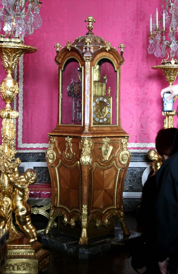 181 Versailles 4