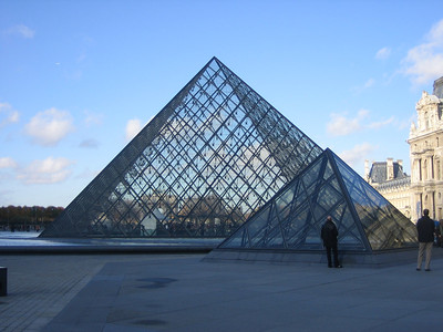 The Louvre - We spent about 3 hours in the museum.  We were warned there might be a line just to see the Mona Lisa, but there wasn't.  That must be one advantage of going to Paris late in the Fall season.