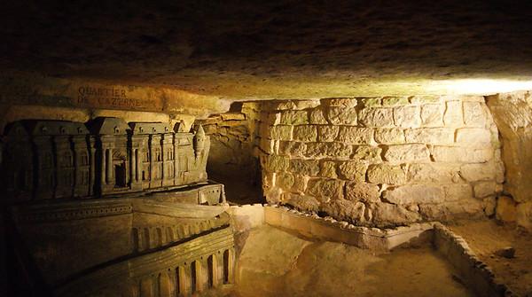 Catacombs of Paris 2014