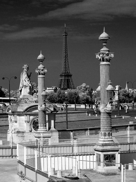 Eiffel Tpwer from Place de la Concorde