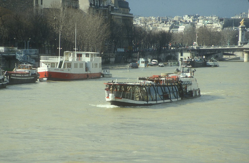 One of the famous 'Bateaux Mouche', the Paris excursion boats on the Seine.