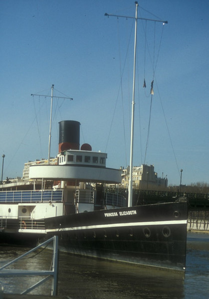 Paddle steamer Princess Elizabeth at Pont Mirabeau on the Left Bank of the Seine. The unfortunate rakeless 'lamppost' nasts were added in Paris.