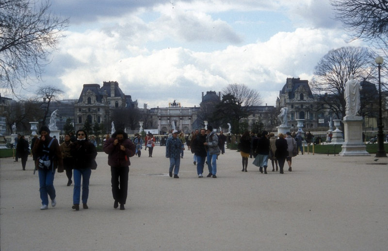 "Tuilleries Garden - east end at the Louvre<br /> <br /> <br /> Go here for a zoomable WikiSatellite view of Paris showing the 100 biggest attractions<br /> <br />  <a href=""http://www.wikimapia.org/#y=48886718&x=2342993&z=12&l=0&m=s"">http://www.wikimapia.org/#y=48886718&x=2342993&z=12&l=0&m=s</a>"