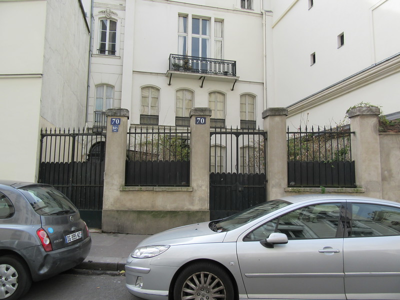 70 rue Notre Dame des Champs is where writer Ezra Pound lived. Hemmingway also had an apartment on the same street a couple blocks down at 113 rue Notre Dame des Champs.
