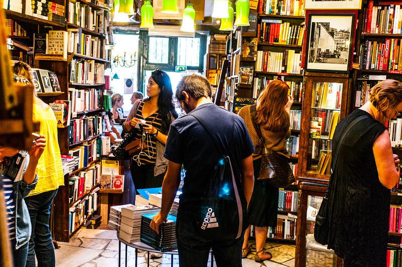 Boghandel Shakespeare and Company. Fantastisk butik
