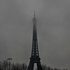 Tour Eiffel, partly hidden in the clouds
