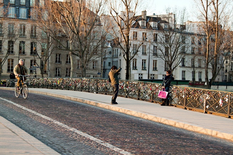 wedding locks along the Pont des Arts