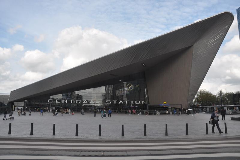 001  Paris -Rotterdam Centraal Station