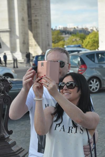 085  Parijs - Place de l'Étoile - Arc de Triomphe