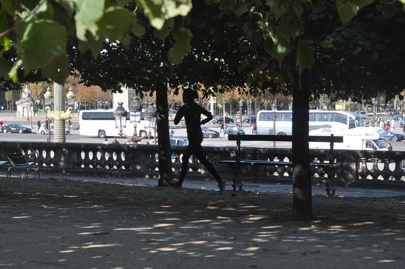 068  Parijs - Les Tuileries