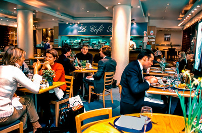 Paris, France, People Sharing Business Lunch in Trendy French Bistro Restaurant in Lanvin Store, Rue St. Honore.
