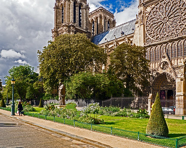 Looking at Notre Dame Cathedral