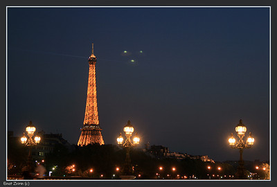UFOs over Paris