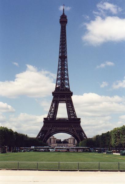 Tour Eiffel from Champs de Mars