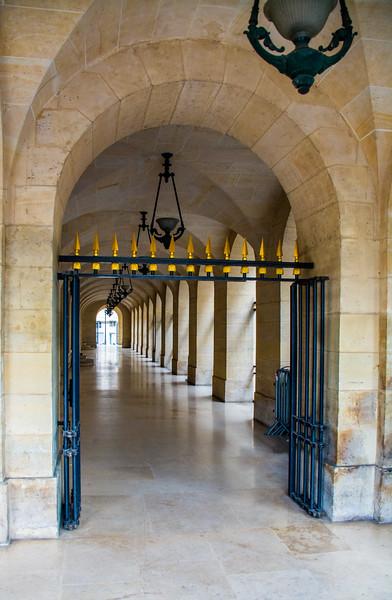 Paris Walkway