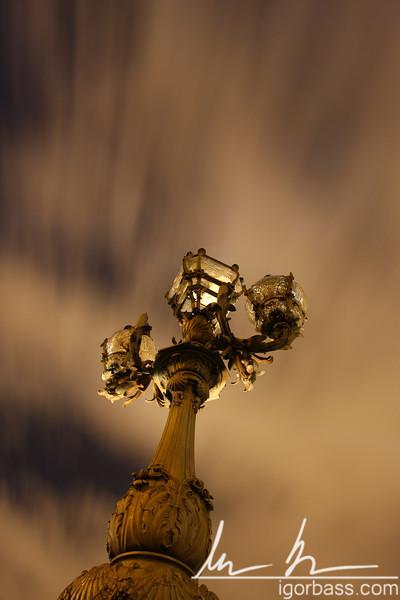 Lightpost, Pont Alexandre III (Paris, FR)