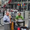 Street musicians at Pompidou center