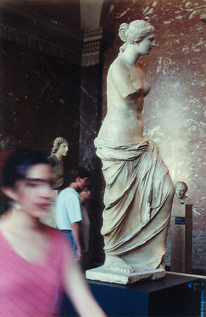 Venus de Milo Le Louvre Paris France - Jul 1996