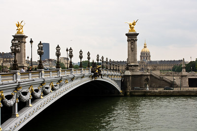 Across the Seine to Le Invalides