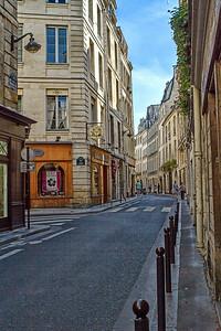 Rue De Savoie