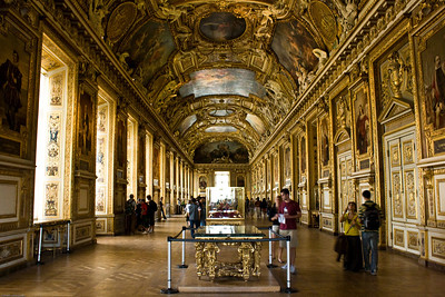 Louvre - the main hall