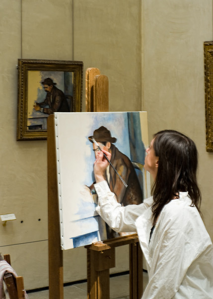 At Musée d'Orsay a student artist attempts the greatest compliment.