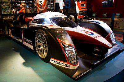 Peugeot showroom - Champs-Elysees