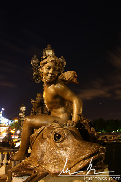 Statue on Pont Alexandre III (Paris, FR)