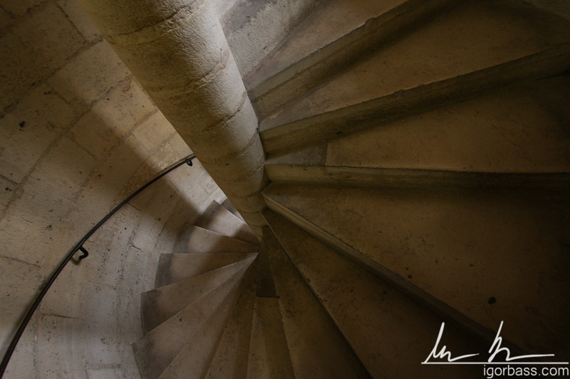 Notre Dame Stairs (Paris, FR)