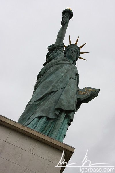 Statue of Liberty, miniature (Paris, FR)