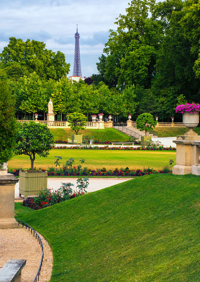 Eiffel Tower viewed from Luxembourg Gardens
