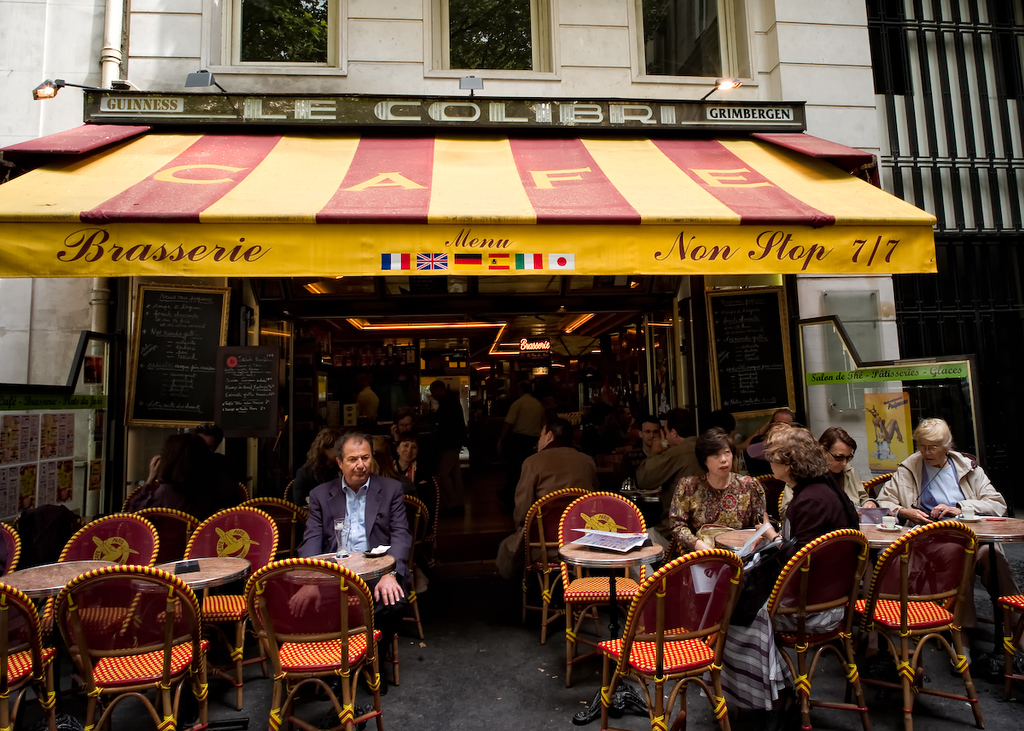 The cafe in Paris that never closes.