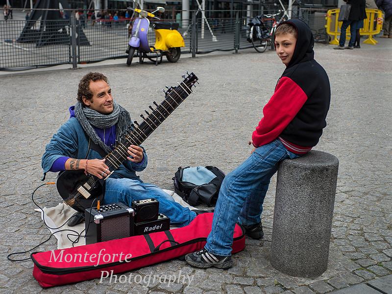 Musician at Pompidou centert