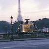 Place de la Concorde (still sans tripod)