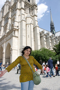 Deepu outside the Notre Dame