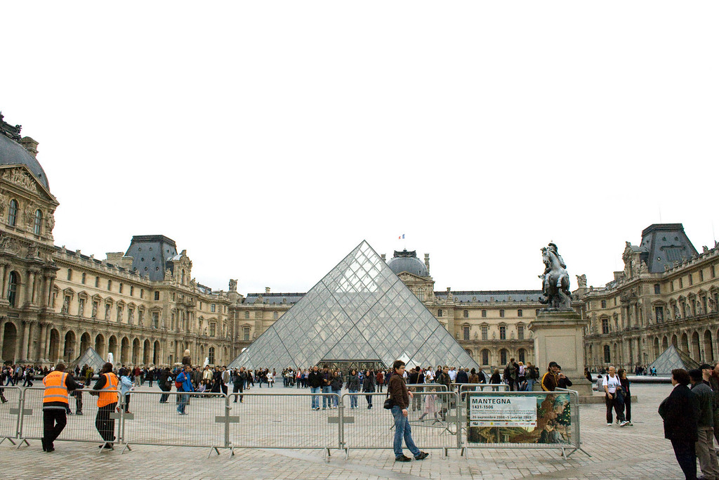 Paris-56